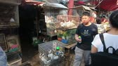 króliczek : Bangkok, Thailand - March 11, 2017 : Rabbit and Chicken for sell in animal zone at Chatuchak, the biggest weekend market in South East Asia