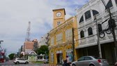 chino : Time Lapse- Clock Town, Old town, At Phuket thailand Archivo de Video