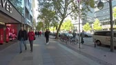 almanca : BERLIN, GERMANY - OCTOBER 5, 2018: Time Lapse Walk In Famous Kurfuerstendamm Avenue in Berlin, Germany In Autumn Stok Video