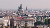 wegry : Budapest city view and St. Stephens Basilica. City skyline, Danube river, Hungary