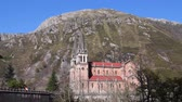 costruzioni : Covadonga Basilica against mountains of Picos de Europa, spanish National Park.