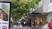 sklep : VANCOUVER, BRITISH COLUMBIA,CANADA - CIRCA May 2012 :dolly shot - robson st 2