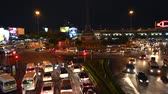 Night traffic lights at Democracy Monument, in the Bangkok, Thailand Vídeos