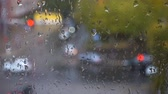 condensação : Drops of the rain on the strret, view from the window