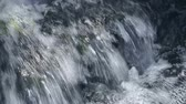 transparente : Cristal potable flowing water from waterfall stream. Seamless loop footage.