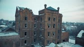 quadcopter : Old house with empty Windows Stock Footage