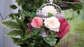 устроенный : Arrangement of flowers in a place of wedding