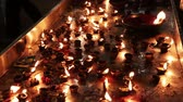 divórcio : Burning candles in the Indian temple. Diwali - the festival of lights.