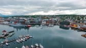 sídelní struktura : View of a marina in Tromso, North Norway. Tromso is considered the northernmost city in the world with a population above 50,000.