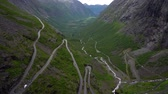 enrolamento : Trolls Path Trollstigen or Trollstigveien winding mountain road in Norway.