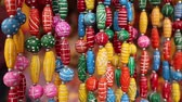 artigianato : Various of different colorful necklace at Anjuna flea market in Rajasthan, Indian.