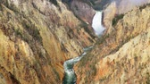 yellowstone : Grand Canyon of the Yellowstone, Artists Point. Waterfall with high quality audio included.