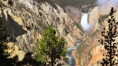 yellowstone : Grand Canyon of the Yellowstone, Artists Point. Waterfall with high quality audio included, dolly shot.