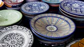 satıcı : Plates Market Stalls Central Square Souk Shopping Marrakesh Morocco