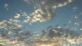 počasí : Sky with fast moving clouds time lapse video Dostupné videozáznamy