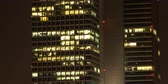mroczne : 5K: Time lapse, Office building viewed in the evening, High quality, Ultra HD, 5120x2560 Wideo