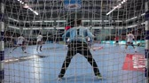 piłka ręczna : CHEKHOV, RUSSIA - SEPTEMBER 17: Young men playing handball on September 17, 2015 in Chekhov, Russia. Champions League. Chekhov Bears Russia - La Rioja Spain.