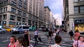 taksi : New York, USA - September 6, 2018: City life in Manhattan at day time Stok Video