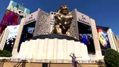 leeuwen : Las Vegas, USA - September 10, 2018: Tourists visiting the sights at sunny day time, MGM lion