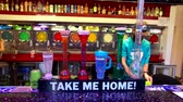 las vegas strip : Las Vegas, USA - September 10, 2018: People buying alcoholic drinks in the bar at the Strip