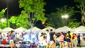 夜遊び : blur of people are shopping in night market time lapse