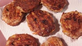 ハンバーガー : Large fried cutlets close-up macro. juicy meat products, fried meat