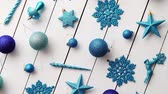 wstążka : Christmas blue collection, balls and decorative ornaments, on white wooden background.