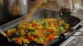 еда : Fried vegetables on a frying pan close-up