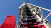 forcing : Fire-engine with big fire escape staircase