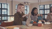 stricken : Young knitting women in studio Stock Footage