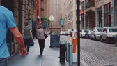 costruzioni : People on the streets of new york