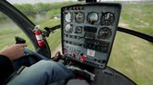 strozzare : Instrument panel in the cabin of the helicopter. Take off in a helicopter. Filmati Stock