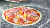 mussarela : Chef making pizza, ham. Dough, vegetables and meat.