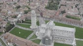 Aerial view of the Leaning Tower of Pisa, Cathedral of Santa Maria Assunta and Baptistery in Miracoli Square, Pisa, Tuscany, Italy. Vídeos