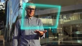 šifra : Young Scientist Use Futuristic Hologram Interface. Virtual Hi-Tech Concept Dostupné videozáznamy