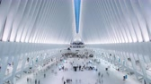 estacion de tren : NUEVA YORK, EE.UU. - MAYO DE 2018: World Trade Center Transportation Hub - Oculus Timelapse, Nueva York