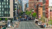 батарея : NEW YORK, USA - MAY, 2018: Manhattan, car traffic timelapse crossroad movement Стоковые видеозаписи