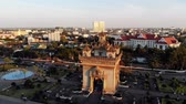 Patuxai Gate in Thannon Lanxing area of Vientiane, Laos 動画素材