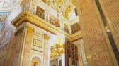 manevi : Sankt-Petersburg, Russia, 04222018 - Inside of Saint Isaacs Cathedral (Editorial) Stok Video