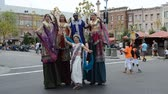egyetemes : ORLANDO, USA - MARCH 25, 2014: Procession with participation of animated films and movies. In Universal Studios Orlando thematic attractions with heroes of studio.