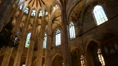ildefonso : Interior of Santa Maria del Mar. Temple, Barcelona. Stock Footage