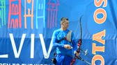 actie : LVIV, UKRAINE - SEPTEMBER 09, 2019: Participants fifty-sixth International archery competitions Golden autumn 2019.