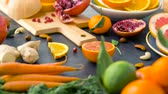grejpfrut : close up of fruits, nuts and vegetables on table