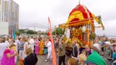gelenek ve görenekler : The hare Krishnas celebrate youth Day in Dnepropetrovsk Ukraine