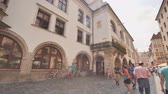 fresk : Munich, Germany - August 5, 2018: The Hofbraeuhaus in the historic city center of munich Stok Video