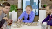 blauwdruk : Middle age female architect in a meeting with his team in the conference room, Team of archtects. Mini town. Stockvideo