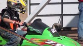 geada : Snowmobiles, Youth Sports, Motorsports Stock Footage