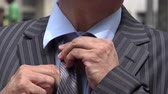 szafy : Business Man Tieing Tie