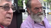 broda : Elderly Old Bearded Man Talking Wideo