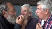 прочный : Lasting Friendship Between Old Men